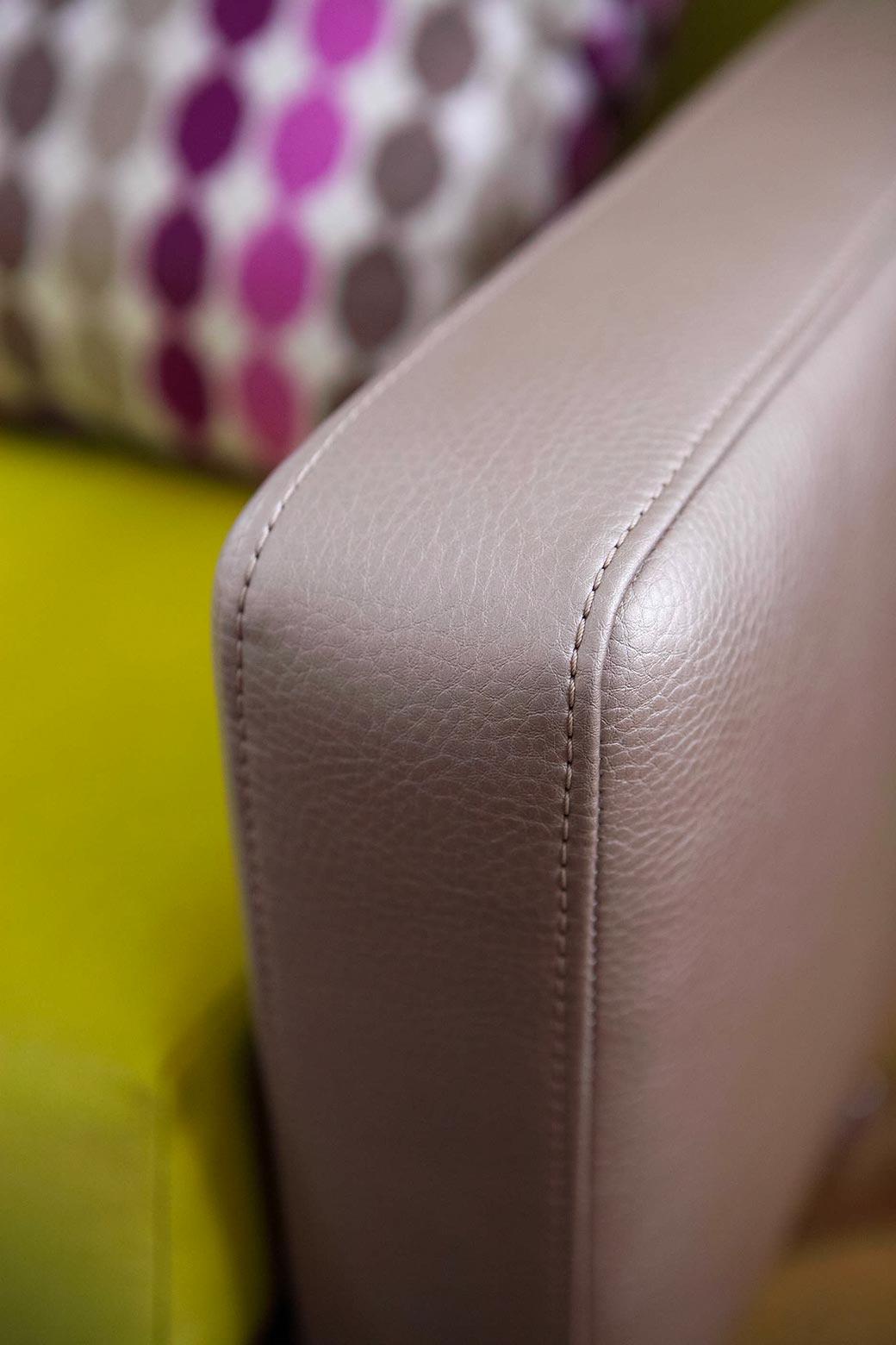 Renovace retro sedací soupravy, detaily
