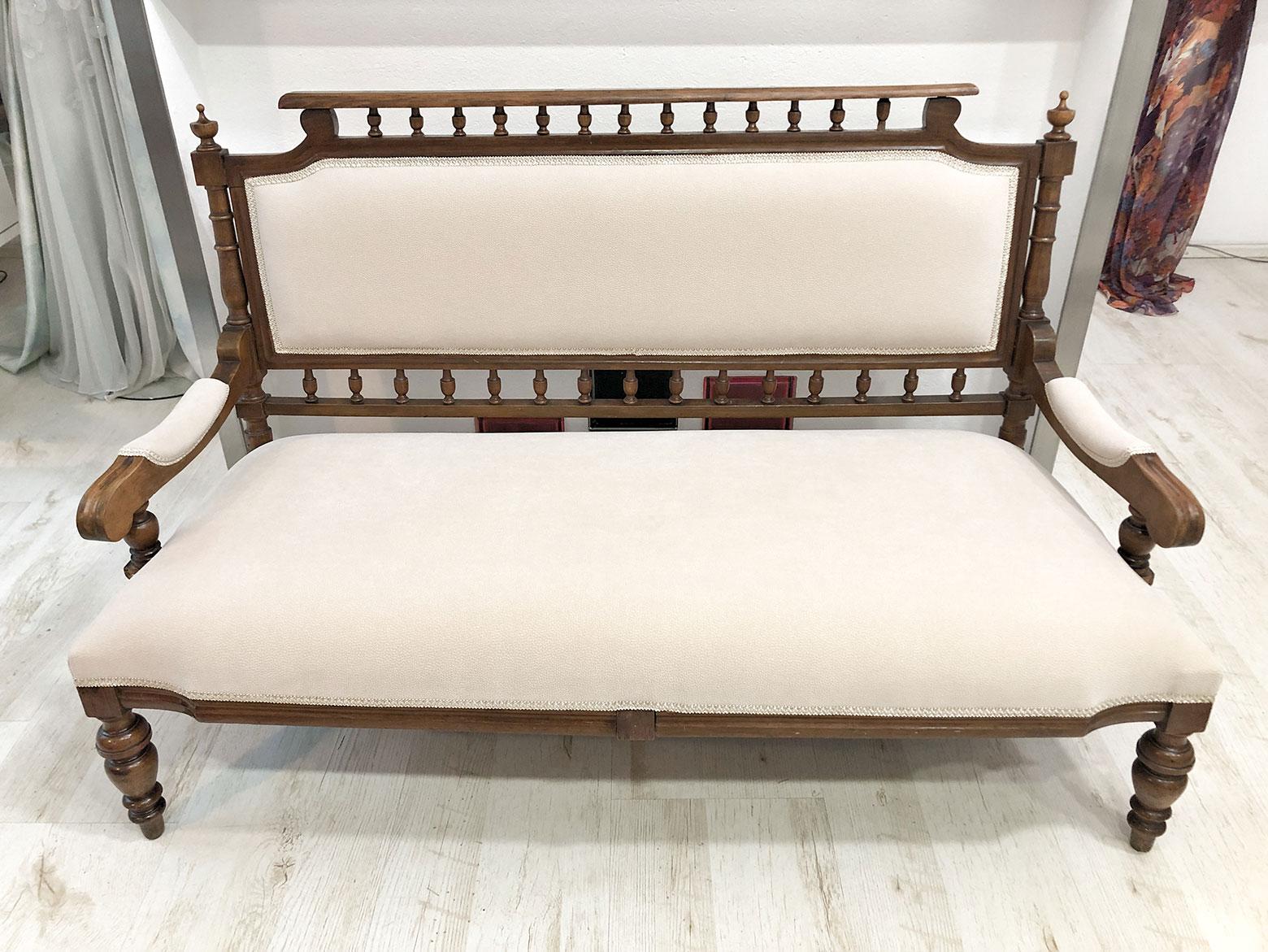 Sofa - GRAND HOTEL PRAHA