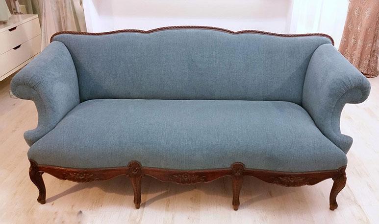 Sofa - nové čalounění a výplně. GRAND HOTEL PRAHA